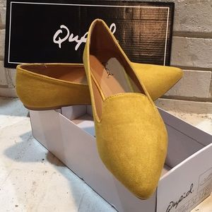 Quips mustard color flats